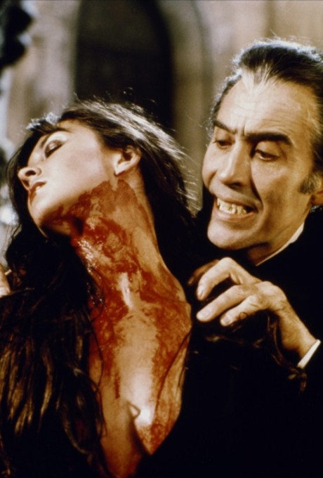 caroline-munro-christopher-lee-dracula
