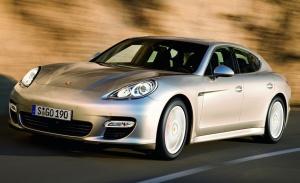 2014-Porsche-Panamera-Front